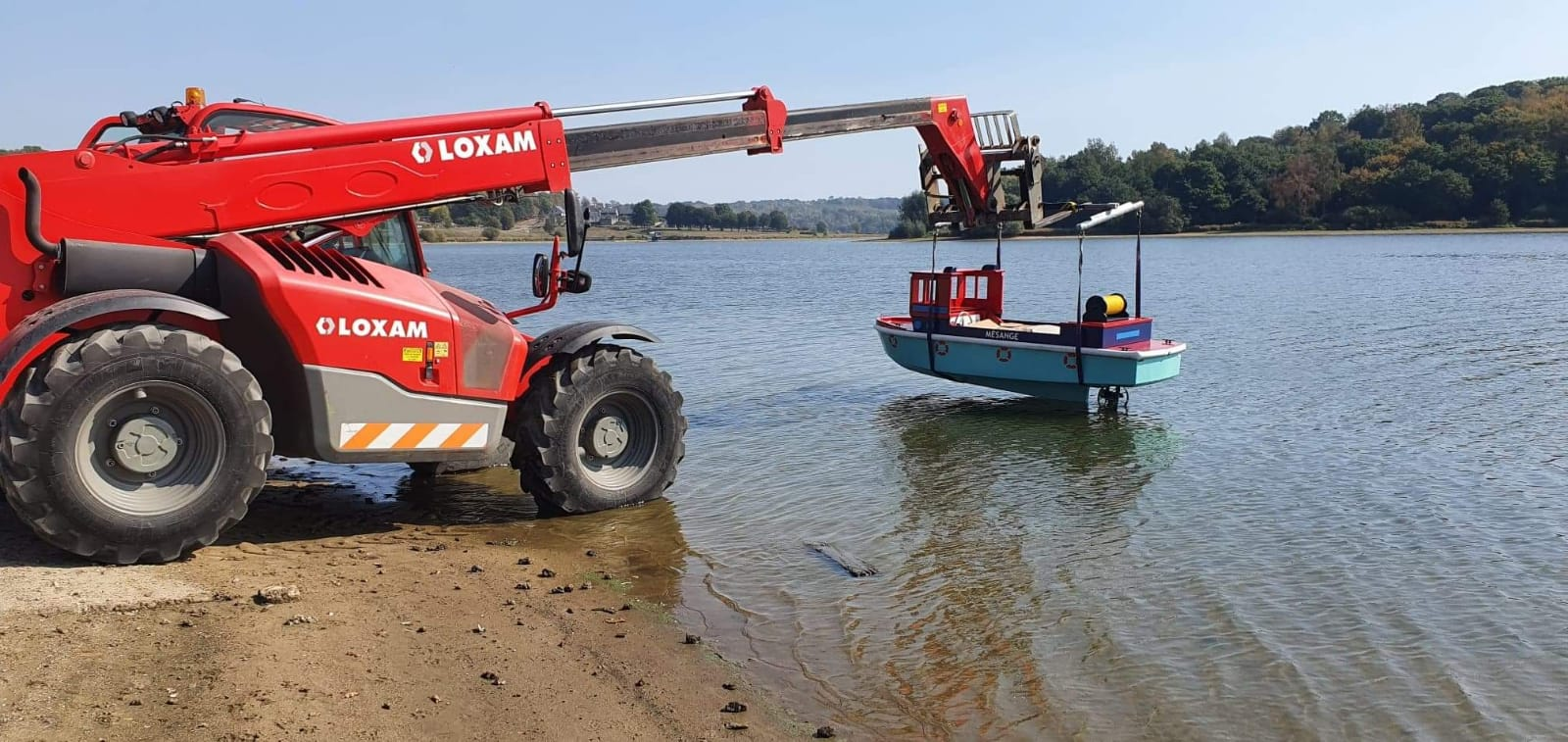 Launching new miniboats at Val Jolie in France.